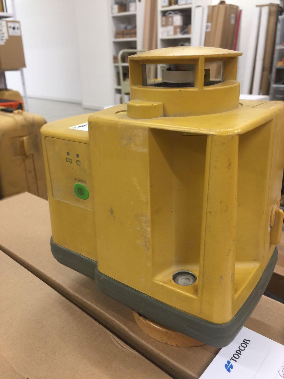 Laser orizzontale topcon rl 50 e a laser di bottecchia enzo - Laser per piastrellisti ...